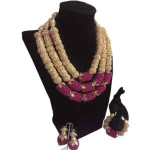 Women Gold Capped Magenta Balls Beaded Accessories