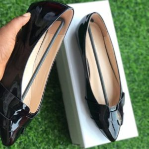 Women Flat Patent Covered Office Shoe