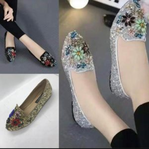 Women Floral Glittery Flat Covered Shoe