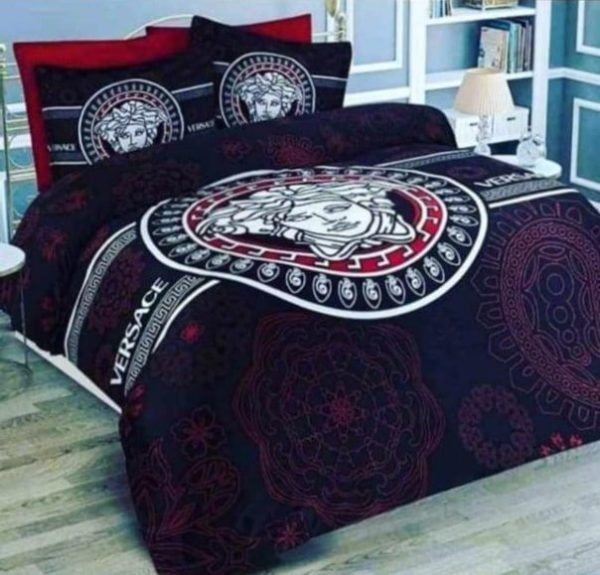 Versace Designed Bed Sheet And Duvet - 4 Pillow Cases