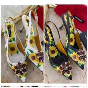 TRENDY SANDALS FOR LADIES - BRAND D&G