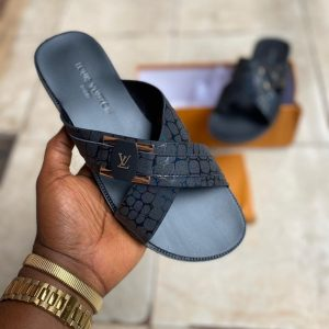 CRISS CROSS LEATHER BLACK PALM SLIPPERS