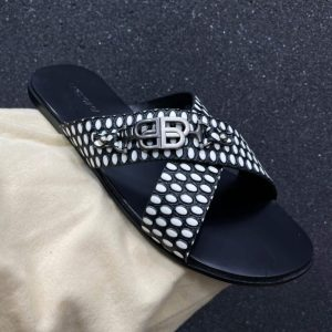 CRISS CROSS LEATHER PALM SLIPPERS