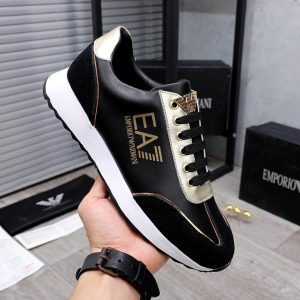 MEN'S LACED LOW TOP SNEAKERS