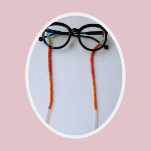 Mixed beads glasses chain