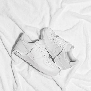 HIGH QUALITY FASHION SNEAKERS UNISEX